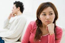 Vợ chồng giận nhau không nói chuyện