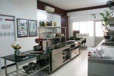 Đào tạo nghề bếp công nghiệp chuyên nghiệp